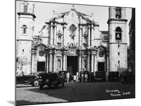 Havana Cathedral--Mounted Photographic Print
