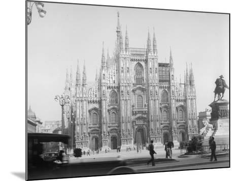 Piazza Del Duomo--Mounted Photographic Print