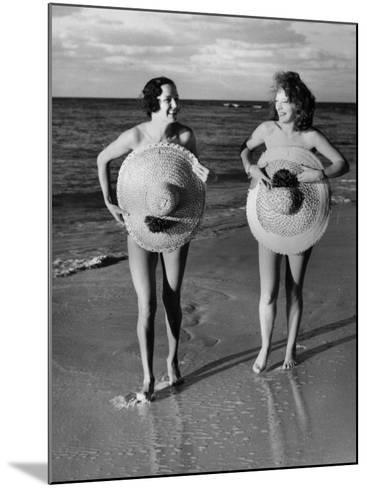 Protective Sunhats--Mounted Photographic Print