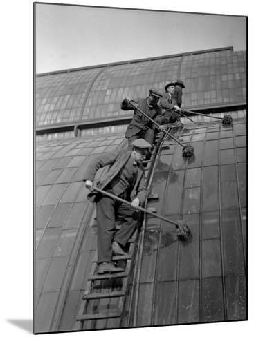 Window Cleaning--Mounted Photographic Print
