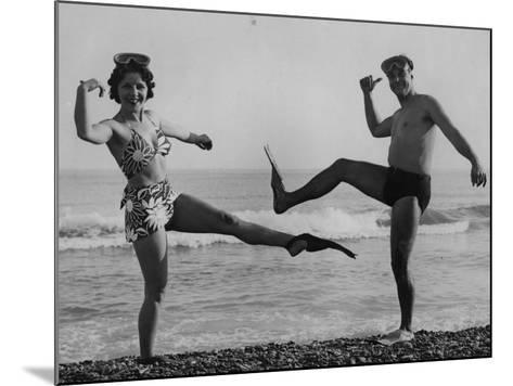 Flip Flop Dance--Mounted Photographic Print