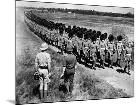 Scots Guards--Mounted Photographic Print