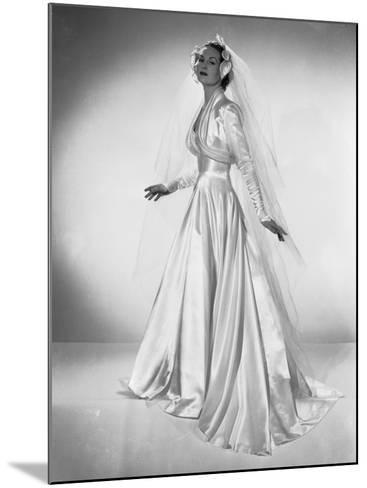 White Wedding-Chaloner Woods-Mounted Photographic Print