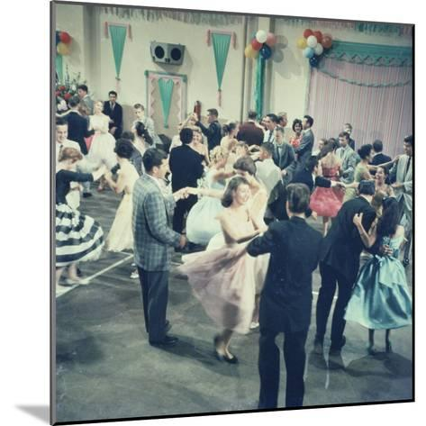 Teenage Couples (15-18) Dancing at Party--Mounted Photographic Print