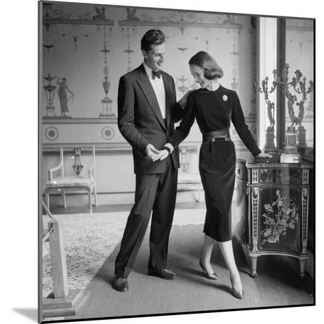 A Perfect Match-Chaloner Woods-Mounted Photographic Print