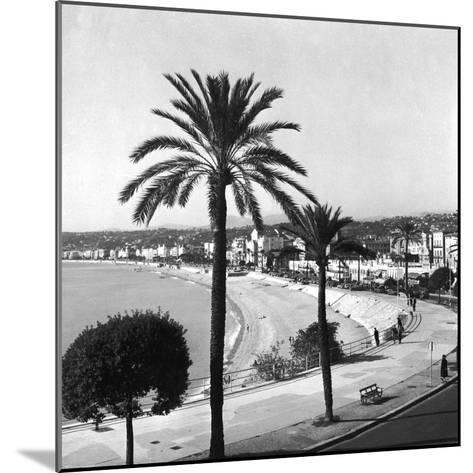 Beachfront at Nice-Getty Images-Mounted Photographic Print