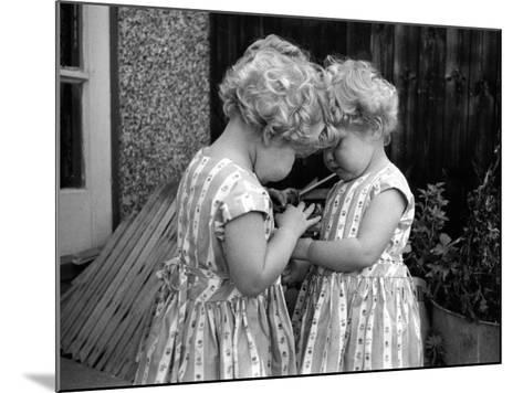 Champion Twins-Thurston Hopkins-Mounted Photographic Print