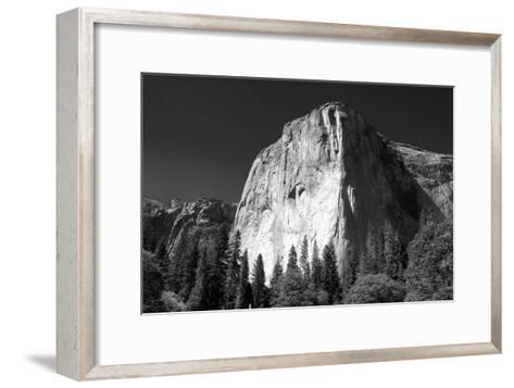 El Capitan.-Reggie Ferraz-Framed Art Print