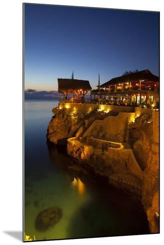 The Famous 'Ricks Cafe', Negril, Jamaica-Doug Pearson-Mounted Photographic Print