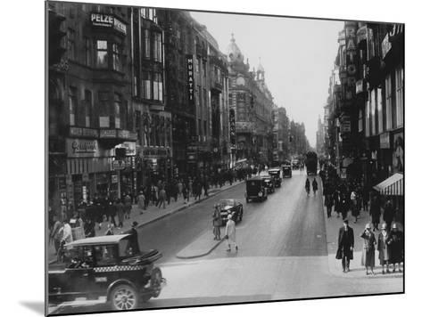 Friedrichstrasse-Hulton Archive-Mounted Photographic Print