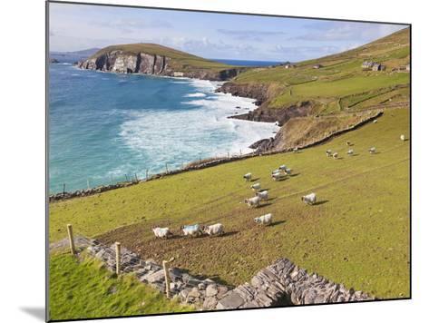 Near Slea Head, Dingle Peninsula, Ireland-Ken Welsh-Mounted Photographic Print
