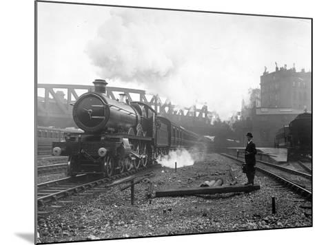 Express Steam Train-Hulton Collection-Mounted Photographic Print
