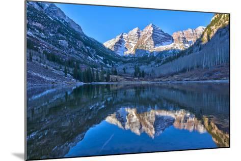 Maroon Bells Mountain and Maroon Lake, Colorado-Alan Copson-Mounted Photographic Print