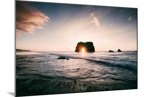 Arch Star at Blues Beach, Elephant Rock, Fort Bragg, Mendocino Coast-Vincent James-Mounted Photographic Print