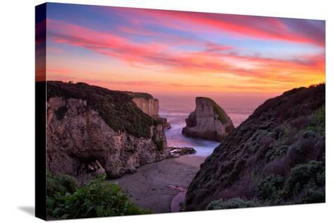 Bluff Sunset View at Shark Fin Cove, California Coast, Santa Cruz, Davenport-Vincent James-Stretched Canvas Print