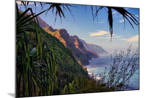 Island Experience, Hiking the Na Pali Coast, Kauai, Hawaii-Vincent James-Mounted Photographic Print