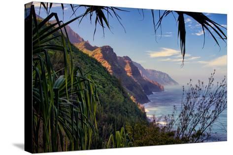 Island Experience, Hiking the Na Pali Coast, Kauai, Hawaii-Vincent James-Stretched Canvas Print