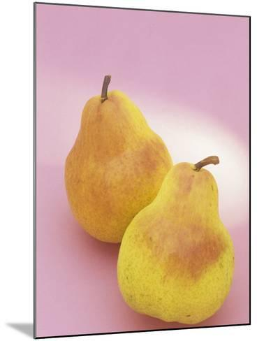 Bartlett Pears (Pyrus Communis)-Wally Eberhart-Mounted Photographic Print
