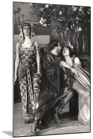Herbert Beerbohm Tree, Constance Collier and Alice Crawford, English Actors, 1907-FW Burford-Mounted Photographic Print