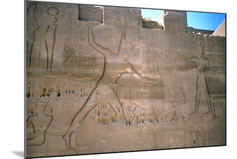 Pharaoh Seti, Capture of Slaves, Luxor, Egypt--Mounted Photographic Print