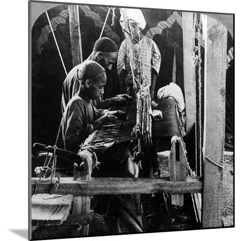 Shawl Weavers, Kashmir, India, C1900s-Underwood & Underwood-Mounted Photographic Print