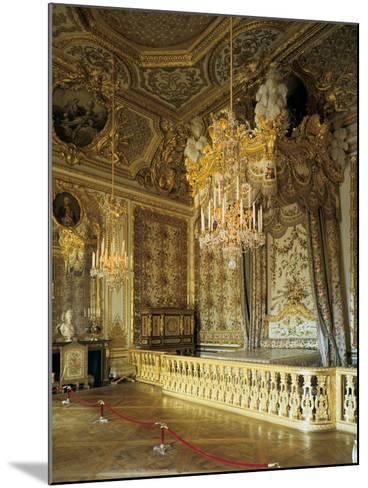 The Queen's Bedchamber, the Queen's Suite (Grand Appartement De La Rein)--Mounted Photographic Print