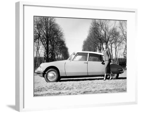 Model with a 1957 Citro?n Id 19, C1957--Framed Art Print