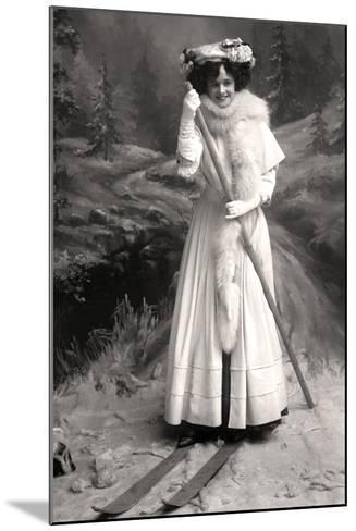Gertie Millar (1879-195), English Actress, 1906-Foulsham and Banfield-Mounted Photographic Print