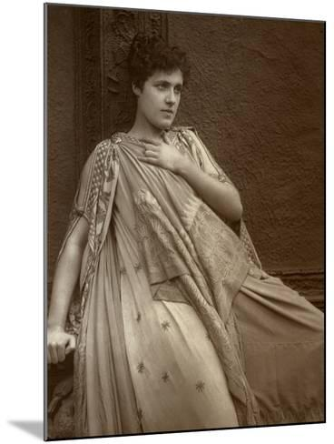 Julia Neilson, British Actress, 1888-Ernest Barraud-Mounted Photographic Print