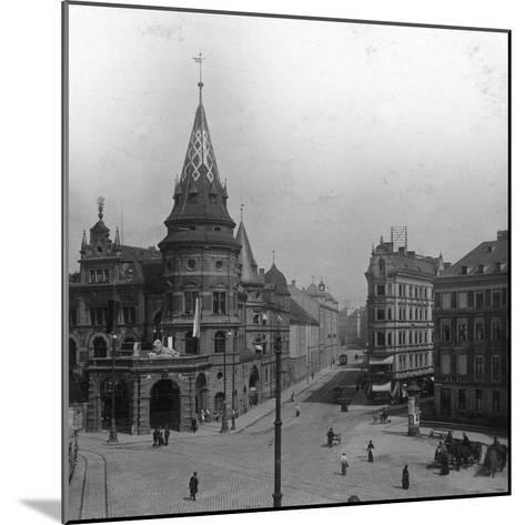 Löwenbräu Keller and Stiglmaierplatz, Munich, Germany, C1900s-Wurthle & Sons-Mounted Photographic Print