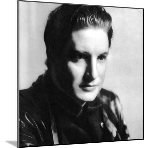 Robert Donat, English Actor, 1934-1935--Mounted Photographic Print