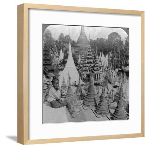 Shwedagon Pagoda, Rangoon, Burma, C1900s-Underwood & Underwood-Framed Art Print