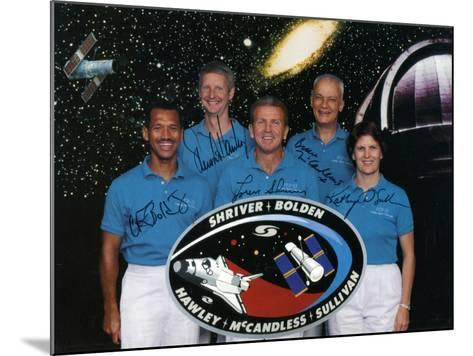 The Crew of Space Shuttle Mission Sts-31, 1990--Mounted Photographic Print