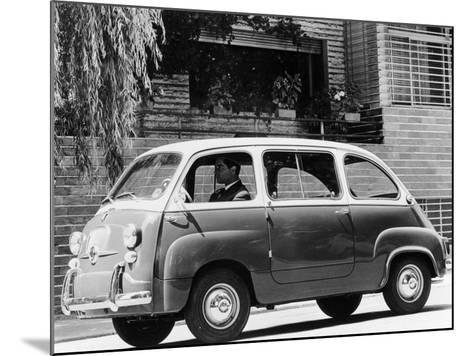 1963 Fiat 600 Multipla, (C1963)--Mounted Photographic Print