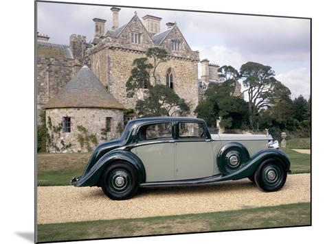 A 1938 Rolls-Royce Phantom III--Mounted Photographic Print