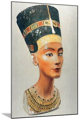Bust of Nefertiti, Queen and Wife of the Ancient Egyptian Pharaoh Akhenaten (Amenhotep I)--Mounted Photographic Print