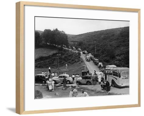 Crowded Road at Dartmeet, Devon, C1951--Framed Art Print