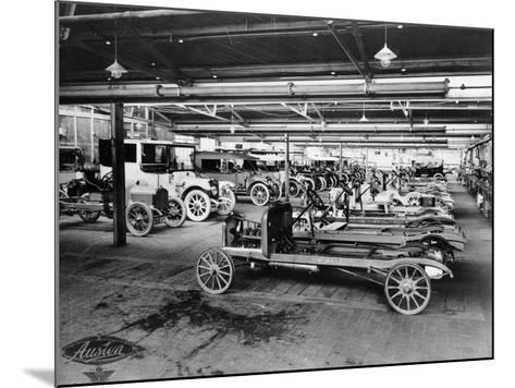Austin Assembly Shop, 1914--Mounted Photographic Print