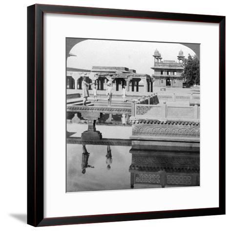 Court of the Mogul Emperor's Palace, Fatehpur Sikri, India, 1904-Underwood & Underwood-Framed Art Print
