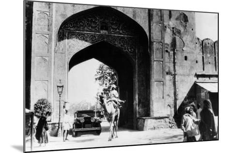 1930 Cadillac Saloon Beneath the Amber Gate, Jaipur, India, (C193)--Mounted Photographic Print