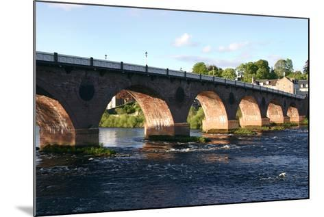 Old Bridge, Perth, Scotland-Peter Thompson-Mounted Photographic Print