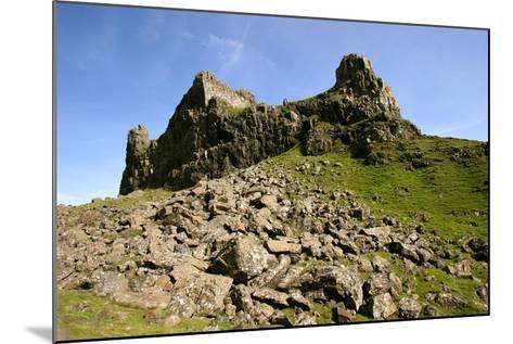 Quiraing, Isle of Skye, Highland, Scotland-Peter Thompson-Mounted Photographic Print