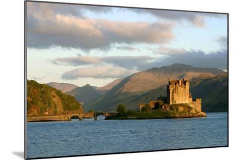 Eilean Donan Castle, Highland, Scotland-Peter Thompson-Mounted Photographic Print