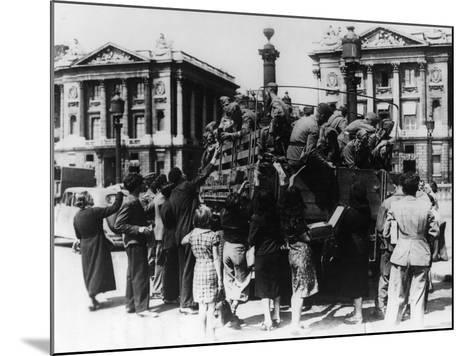 French Street Sellers Offering Souvenirs to a Truckload of German Soldiers, Paris, 27 July 1940--Mounted Photographic Print