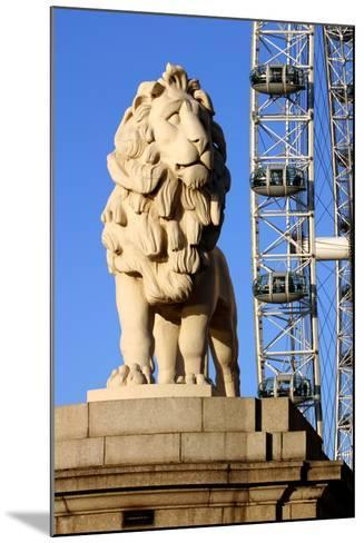 South Bank Lion, London-Peter Thompson-Mounted Photographic Print