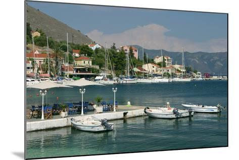 Agia Effimia, Kefalonia, Greece-Peter Thompson-Mounted Photographic Print
