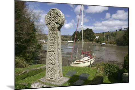 Celtic Cross, St Just in Roseland, Cornwall-Peter Thompson-Mounted Photographic Print