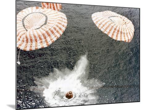 The Apollo 15 Capsule Lands Safely Despite a Parachute Failure, Mid-Pacific Ocean, 1971--Mounted Photographic Print