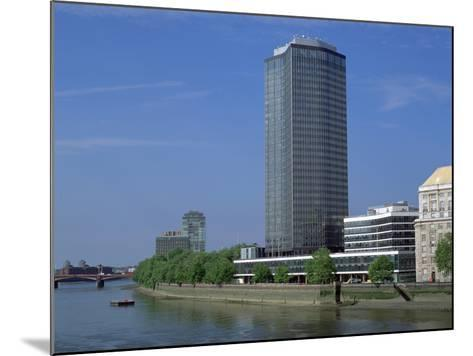 Millbank Tower, London-Peter Thompson-Mounted Photographic Print