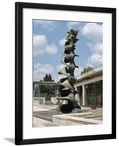 Fountain, Courtyard of the Shell Centre, London-Peter Thompson-Framed Art Print